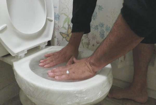 Unclog Toilet with Baking Soda and Plastic Foil