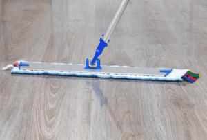 Can You Mop Vinyl Plank Flooring
