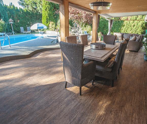 Outdoor Vinyl Flooring Options for Decks