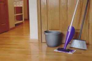 Can I Use Swiffer Wet on Engineered Hardwood Floors